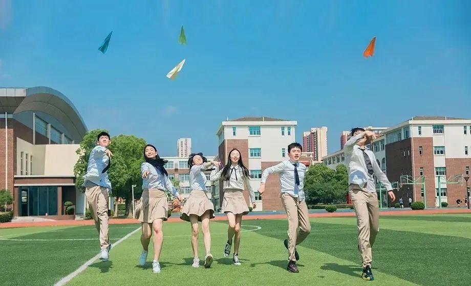苏州园区外国语A-Level艺术课程中心启动招生!