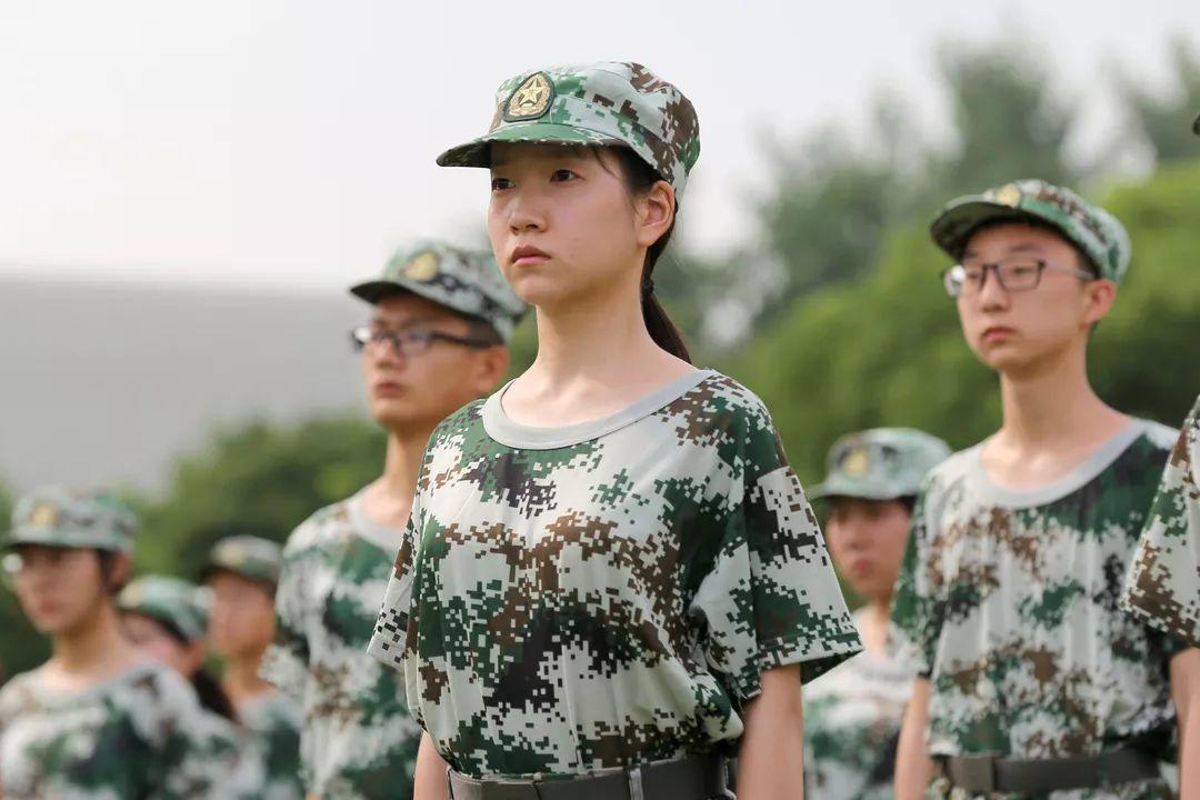 致敬军人,致敬青春!开学前的第一次历练,苏外学子交上了怎样的答卷?